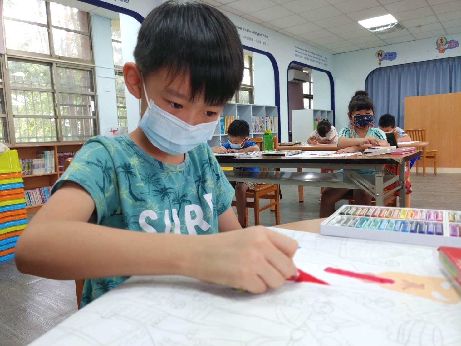 「以愛灌鈣」小小藝術家,凝聚全台力量,讓偏鄉孩子的創意才華被看見!
