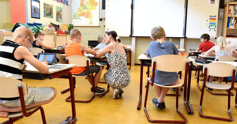 「即使是小一生也能察覺老師差別待遇」國外研究:不管孩子程度好壞,讓全班共享學習喜悅有助提升學習效果