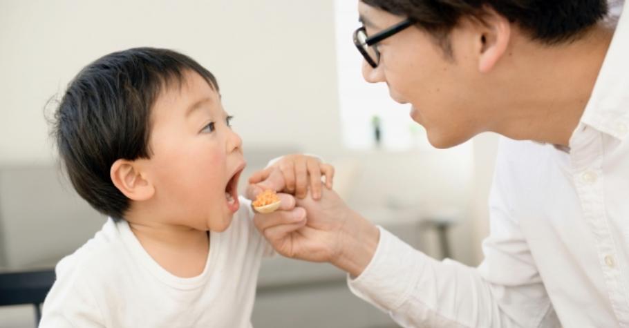 用心準備料理,孩子不買單?別把孩子當主人「服侍」,解救媽媽的「一條龍」食譜,找到家庭飲食的主導權