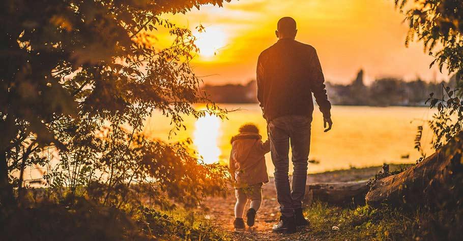 無論你的家庭是什麼模樣,都不能剝奪你被愛與幸福的權利