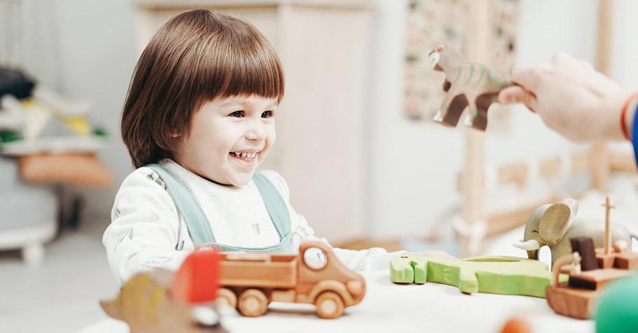 孩子的發育關鍵都在每天的小事大事,不要為孩子作全部決定,給他們「選擇機會、動腦機會」 聰明絕對不是天生的