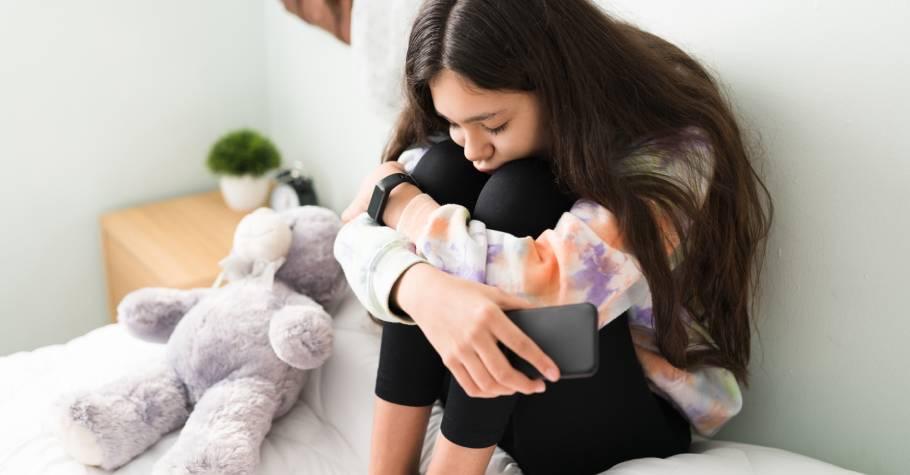 當憂鬱症成為孩子不能說的秘密》鼓勵孩子表達內心感受,是求助的第一步,也請告訴孩子你絕對不是一個人