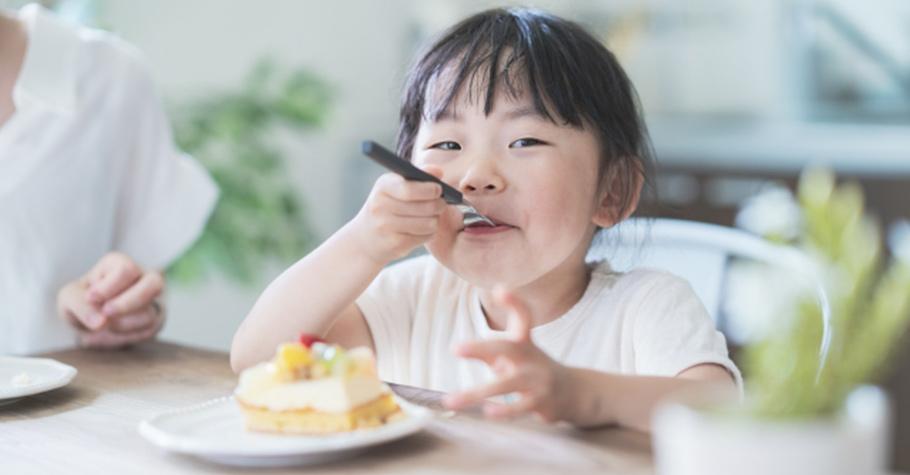 孩子總是忍不住偷吃?媽媽別氣,為了孩子臉上那抹笑容,帶著他走進廚房再做一次吧!