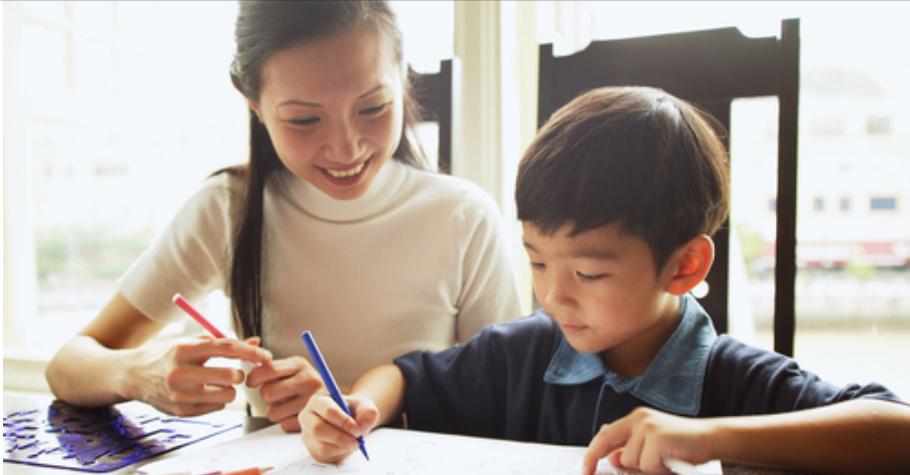 不要小孩一做完功課,就叫他寫評量!彭菊仙:教孩子先盡責任、後享權利,事情做完才有自由時間