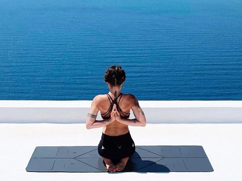 一個人的瑜珈怎麼舒服?瑜珈界的愛馬仕:LIFORME瑜珈墊