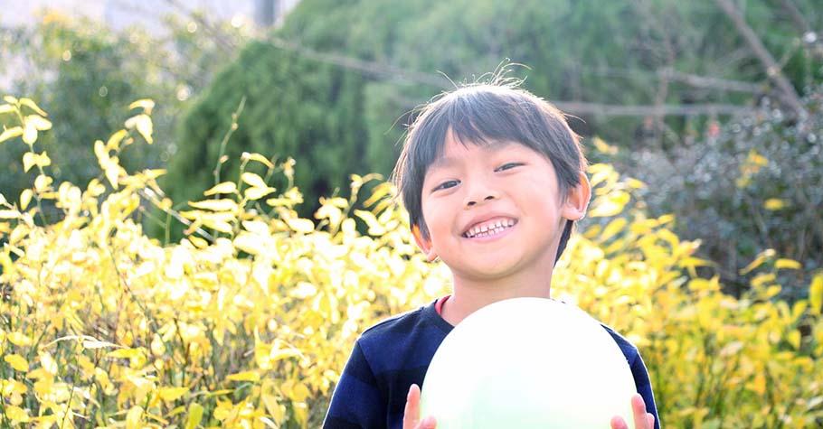 成長就是讓孩子學習接納創傷、並允許人生的不完美,他們就能進一步完善自己的生命