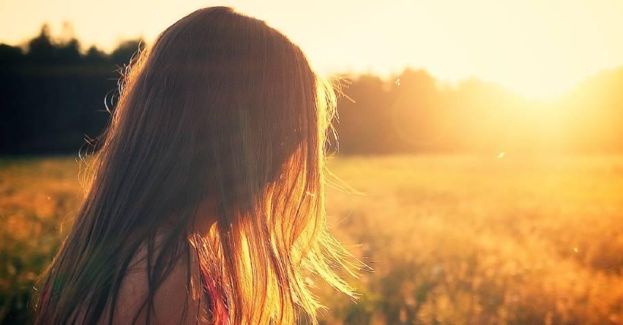 年輕時太在意別人眼光,表面獨立,內心卻不自由;為人母後,我才勇敢成為自己喜歡的樣子