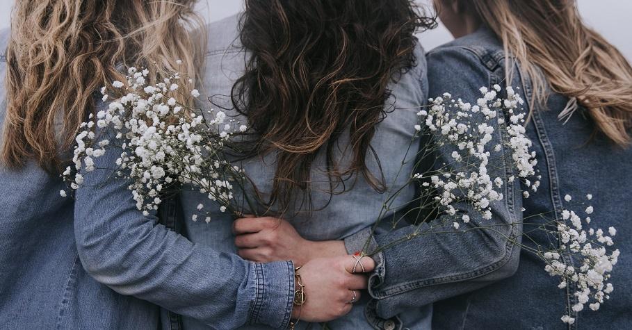「強者互幫,弱者互撕。」婚姻中女人最重要的智慧:不為難別人,其實就是不為難自己。