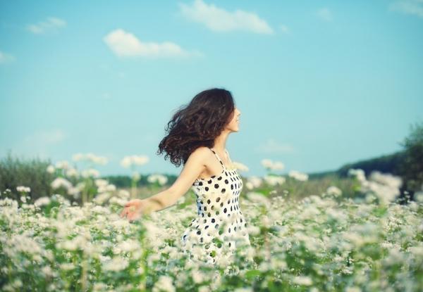 一個人的幸福:單身者的清醒、強大與愛的方法