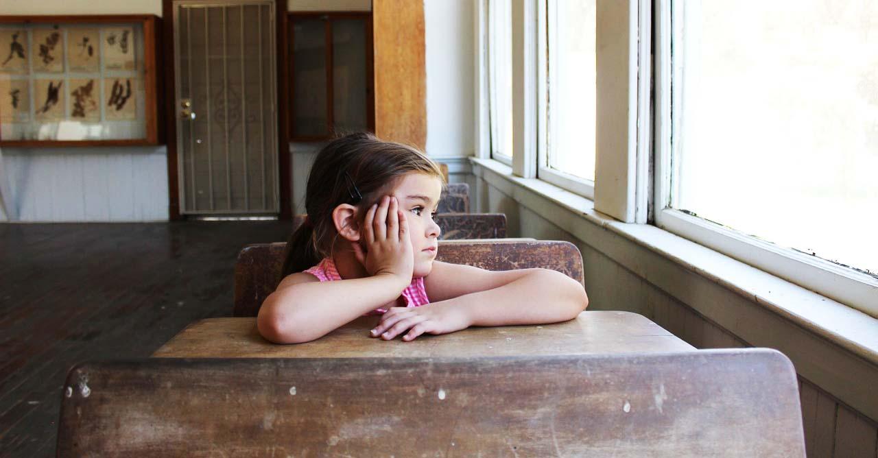 [教室裡的正向教養]這是我們的『關心熊』,如果你們有人感到挫折或難過,可以過來抱它,會讓你的心情好轉