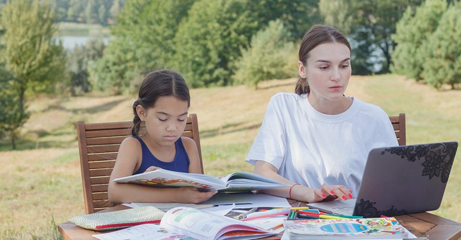 哪有什麼歲月靜好,只是你的孩子還沒上學吧!?