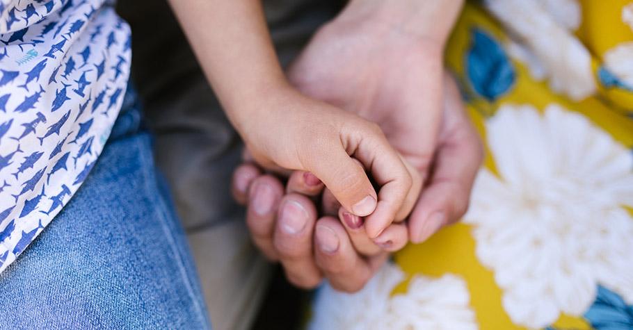 當了父母後人生複雜程度空前增加,須經歷與自我/孩子/原生家庭間緊密到分離,若能順利過渡人生幸福完滿程度較高