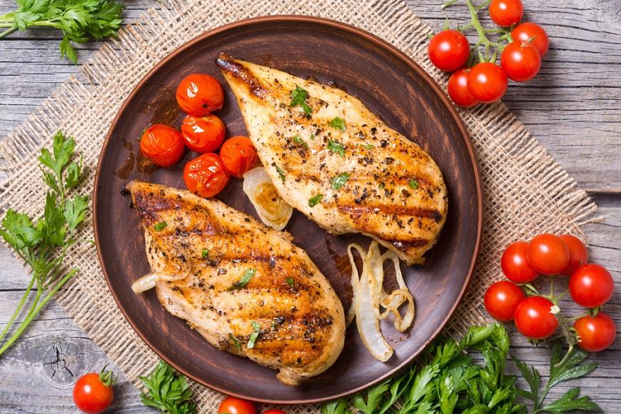 照護線上│每日紅肉應攝取半份以下!蛋白質怎麼吃,才能增肌減脂?