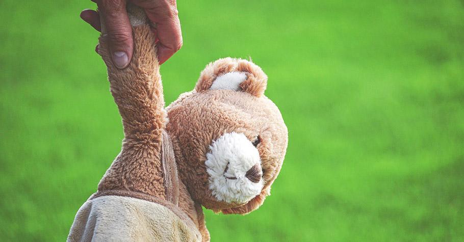 你的孩子也有放不下、丟不掉的「夥伴」嗎?用對方法讓孩子學會「放手」