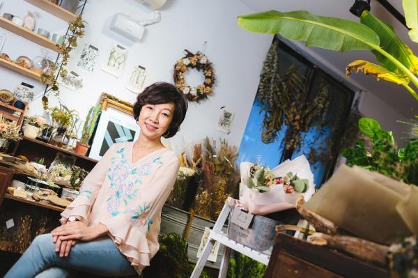 丁菱娟:50歲後華麗轉身,迎向更燦爛的第三人生
