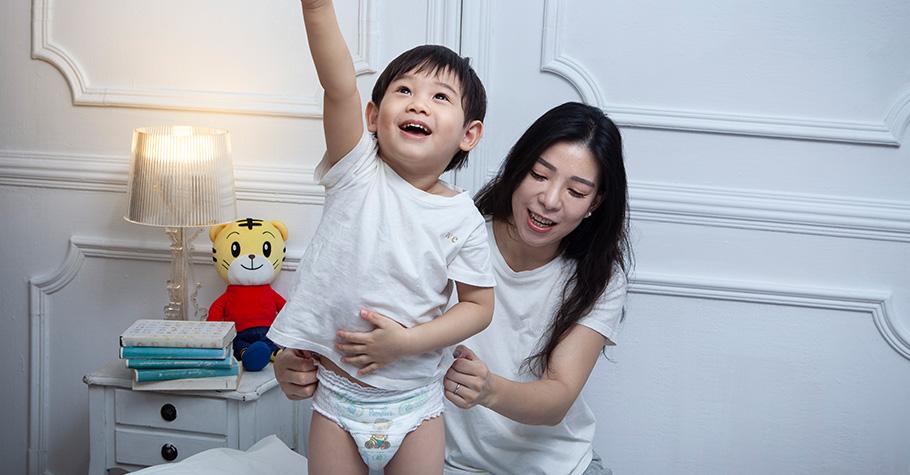 想戒尿布反而讓孩子變熊貓眼?3技巧讓大人小孩更輕鬆