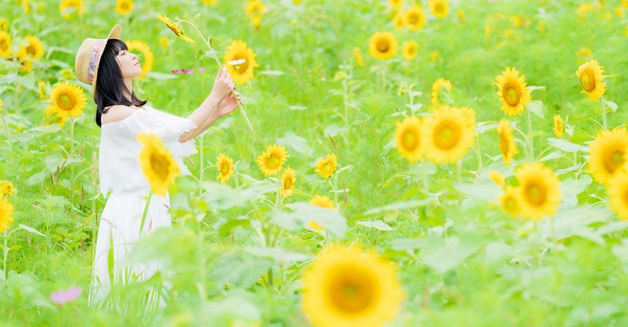 我們都該學習自我疼惜,跟自己的內在小孩說:「我在這裡陪你。你犯錯了沒關係,這只是學習和成長過程的一部分。」