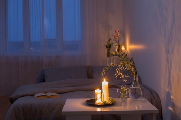 睡覺才關燈,助眠褪黑激素少71%!改善失眠先養睡意:5件事讓身體大休息