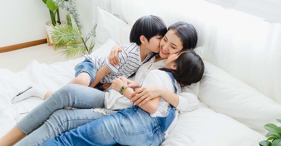 媽媽的肩膀總是放不下來:陪伴孩子很重要,但讓自己好好放假對這個家庭更重要