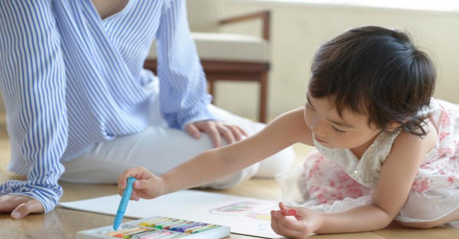 和孩子玩遊戲別總是讓他,體驗輸的感覺更重要,獨生子女的父母容易犯的七個錯誤