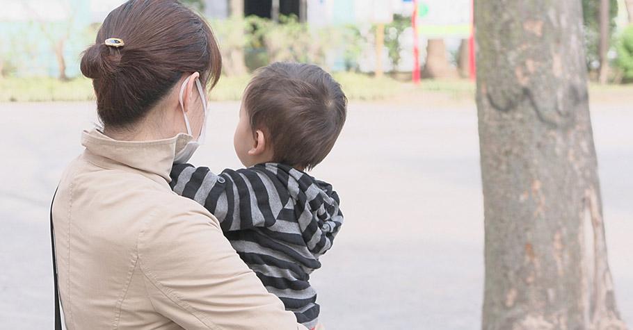 當媽媽的一點都不怕生病,什麼都阻擋不了我們繼續按部就班地照顧孩子、打理工作、穩穩地搞定生活裡的雜亂無章