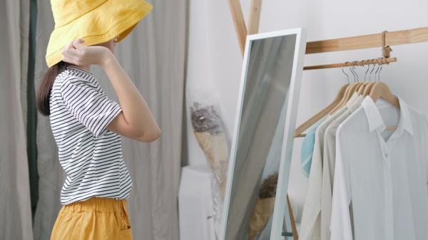 衣櫥醫生賴庭荷:50後,讓人「更喜歡自己」的穿搭4原則