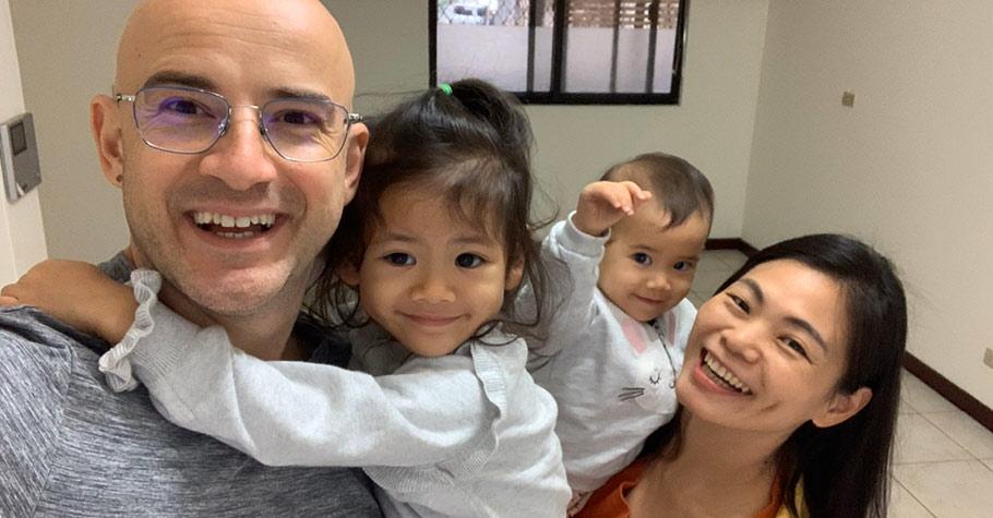 分享家庭生活是一件很幸福的事,但不要造成孩子的壓力!想拍孩子的照片上傳分享,別忘了尊重孩子
