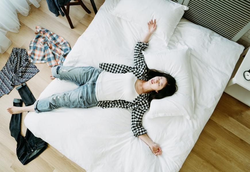 長時間待在家超疲憊?鄭淳予:太忙或放空都害大腦過勞!2個小調整身心變輕鬆