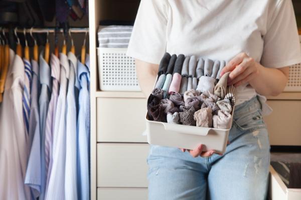50後的新收納:衣服怎麼摺,最省空間?針織衫怎麼掛,才不會鬆?