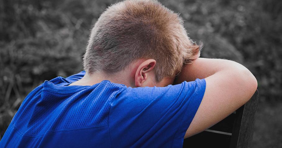 無法控制情緒的孩子,會試圖控制別人。心理師:教孩子承受負面情緒的能力,別人沒有義務非要為他改變