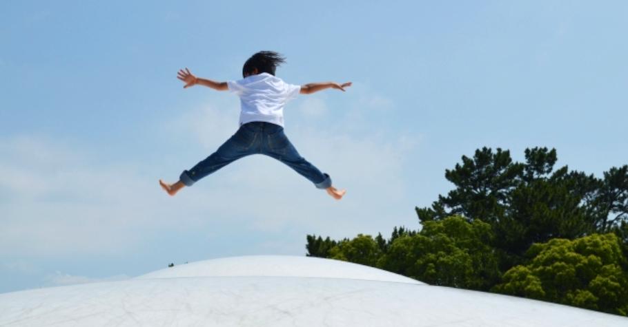 孩子要獨立自信,就要培養「決斷力」》父母無法一輩子為孩子做決定,有能力自己決定且承擔的人,才能真正自由快樂