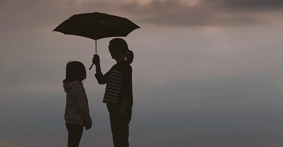 努力工作不休假、把一切最好的都留給了孩子,為什麼卻讓孩子感到壓抑?原來,是我們用錯了愛