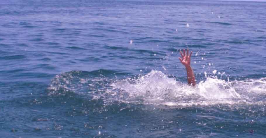 夏日戲水〉溺水是沒有聲音的,帶孩子戲水不要玩手機,僅4分鐘缺氧就可能造成腦死