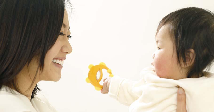 給予孩子堅定不移的愛:無論單親、雙親或彩虹家庭,那怕只有一個大人的關愛也足夠