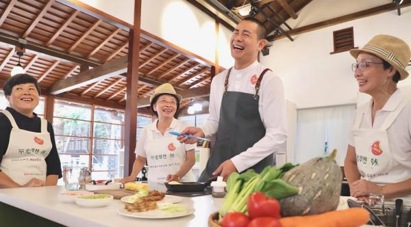 楊寧茵專欄|幽默吧,如果他失智了!名廚江振誠:一家名為「啊,沒關係啦」的餐廳啟示