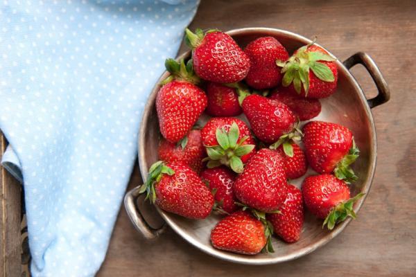 吃草莓,降低失智癌症風險!怎麼洗才能去農藥?果醬怎麼挑?