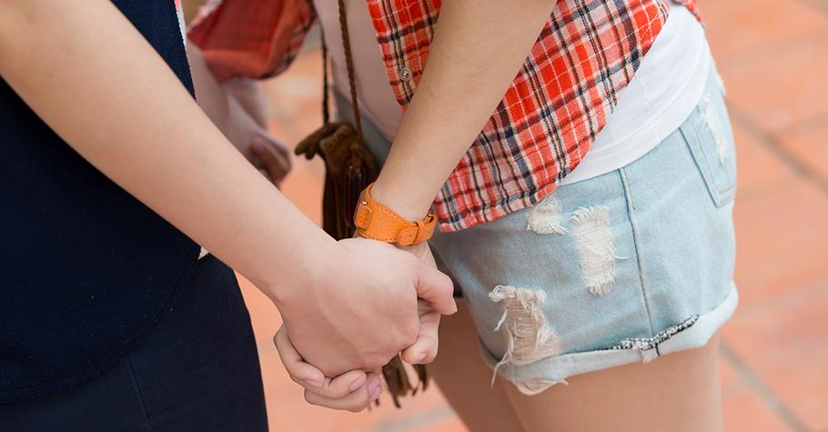 未成年孩子談戀愛怎麼辦?三大撇步幫助家長與孩子一同攜手走過青澀歲月