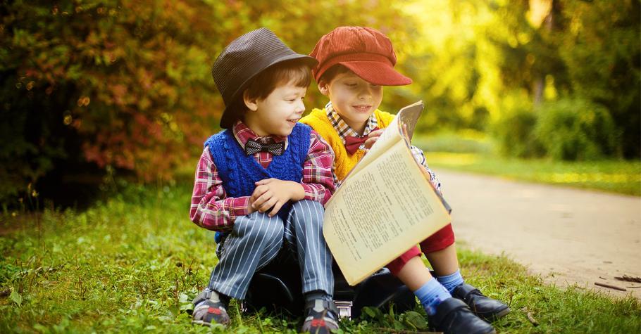 環遊世界方式很多種,和孩子一起閱讀也是一種旅行的方式