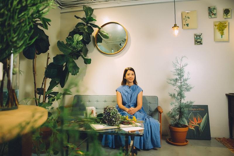 專訪花藝師嶺貴子:用一株簡單的花,創造心的餘裕