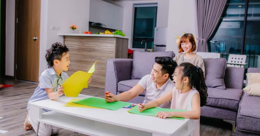 飯晚一點吃,房子髒亂一點,並不礙事;精神科醫師:媽媽與其覺得對孩子愧疚折騰自己,不如開開心心、幸福地完成它