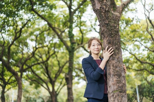 看遍上萬棵樹的體悟!樹木醫生詹鳳春:樹不會說話,但比人更懂得如何活著