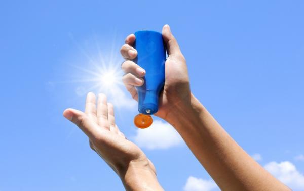 紫外線有3種!怎麼擦防曬乳,才能真正防止皮膚長斑和皺紋?