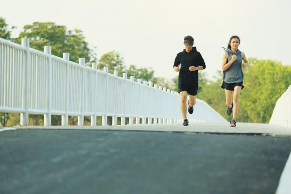 60歲看起來像50歲?保持健康4習慣,身體年齡比別人年輕!