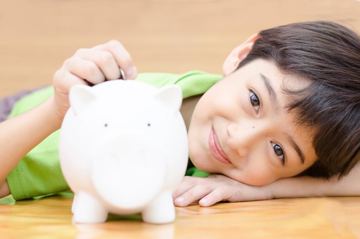 該怎麼強化孩子的理財能力?參加「CHA-CHING我是理財王」活動,上網答題長知識,還能抽萬元獎學金!