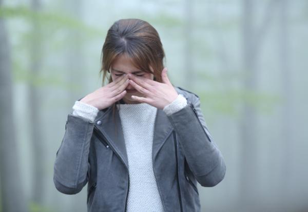 眼睛霧霧的,和視線模糊不同!釐清3大病變前兆,預防重症與失明