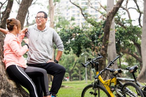 樂活頂客夫妻老黑&Olivia:不懂獨立生活,有小孩也會變成孤獨老人