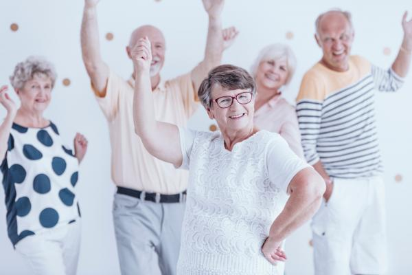 【楊寧茵專欄】新一代的50+,要的不只是「健康」而已