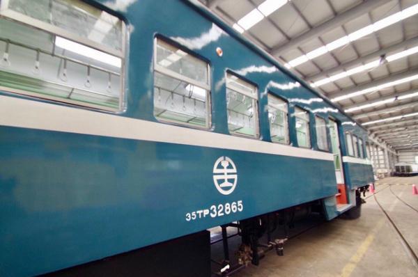 「藍皮解憂號觀光列車」10大彩蛋開箱!來一趟復古的南迴火車小旅行