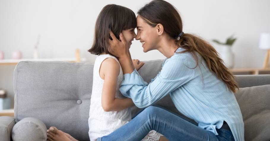 自我肯定感,是父母給孩子最好的禮物》能無條件自我肯定的人,即使跌倒了,依然有爬起來繼續前行的堅強與韌性