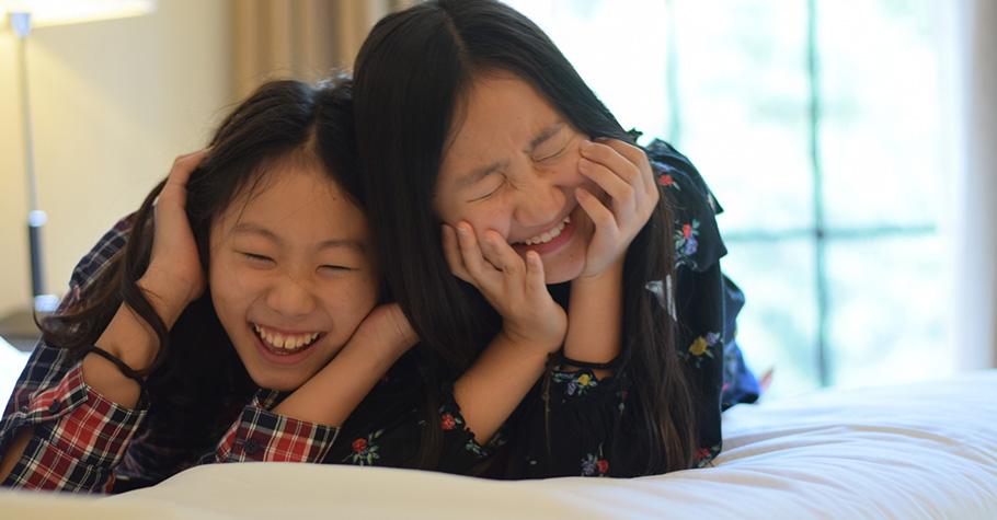 每天只要捧腹大笑十分鐘,就能有療癒身心的正向效果,並增加身體的免疫力
